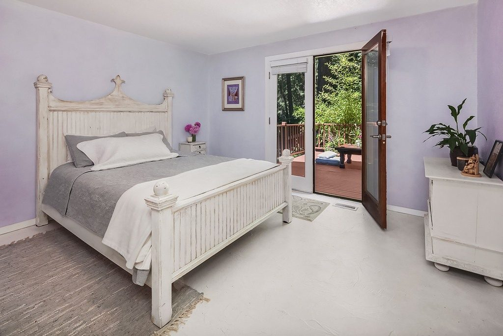 Lazure soft mauve room